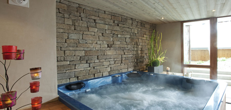 france_espace-killy_tignes_hotel_le_paquis_jacuzzi.jpg